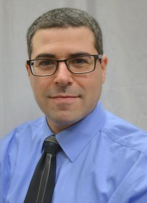 Dr. Seth Goldberg, associate program director for service and assessment, Nephrology Training Program.