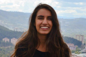 Second-Year Medical Student Ashima Chadha Forges Her Path at WU